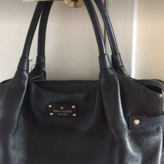 Black Kate Spade purse