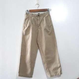 (10-12Y) GAP Easy Fit khaki pants