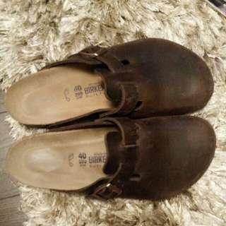 Size 9 Birkenstock Leather Clogs