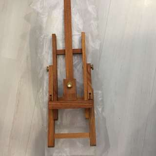 Easel for A4 to A3 artwork
