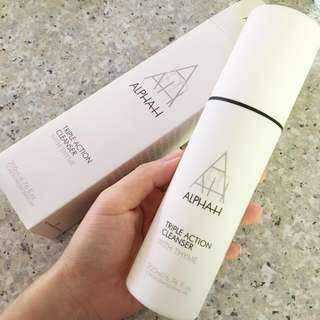 ALPHA-H Triple Action Cleanser with Aloe Vera