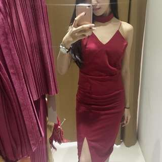 Choker Dress Maroon