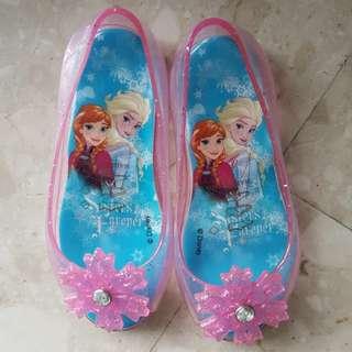 Preloved Frozen Sandals