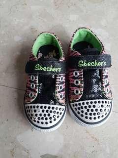 Preloved Skechers Sneakers