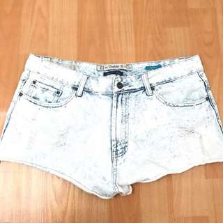 Zara Acid Wash Midwaist Hotpants