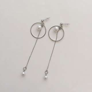 PEARL AND RING DANGLE EARRINGS
