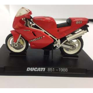 🚚 7-11 杜卡迪 DUCATI 851 1988重型機車模型