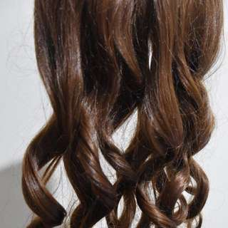 Clip on syntetic curly hair extension