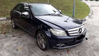 Mercedes C200 With sunroof