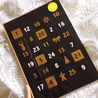 [Typo - Xtra Large] Christmas Countdown - Advent Card with Foil Accent.