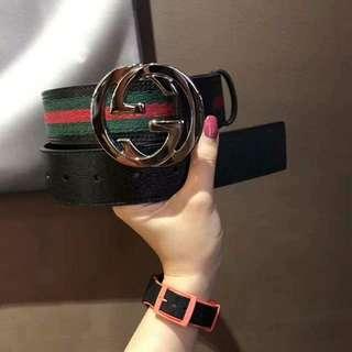 GUCCI Black Leather Signature Stripe Belt