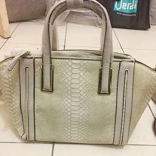 Caprisa Italy bag