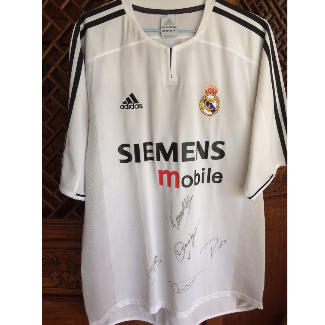 reputable site b72ba 069f5 3 Signed 2003 Real Madrid Football Jersey, Sports, Sports ...