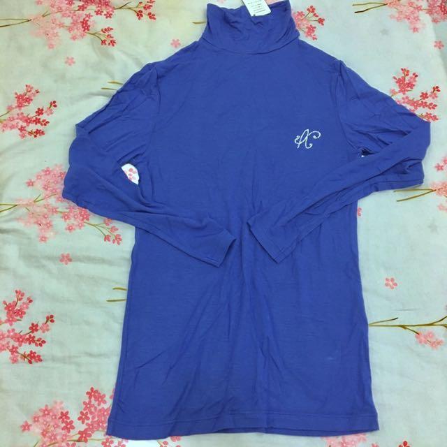 全新 奧黛莉微高領藍紫色衛生衣
