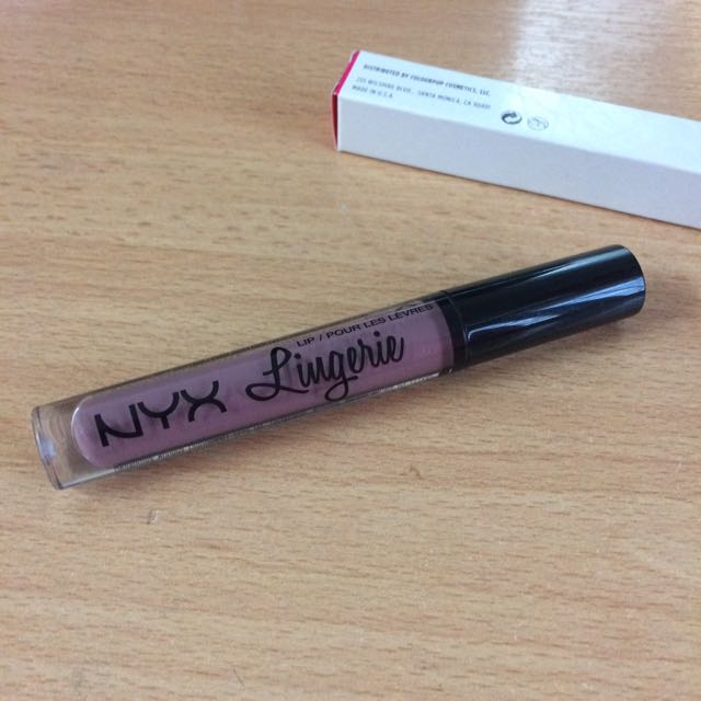 💯 Authentic Nyx Lingerie Matte Liquid Lipstick in Embellishment