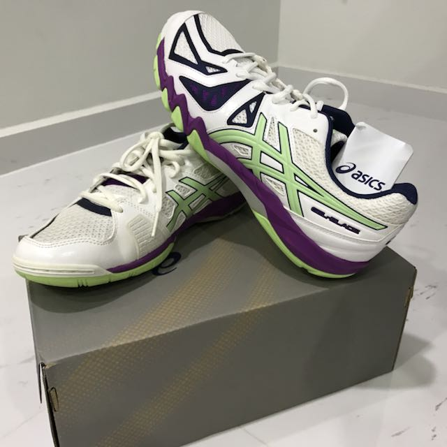 trabajo Ahora cocina  Asics Gel-Blade 5 Court Shoes, Sports, Sports & Games Equipment on Carousell