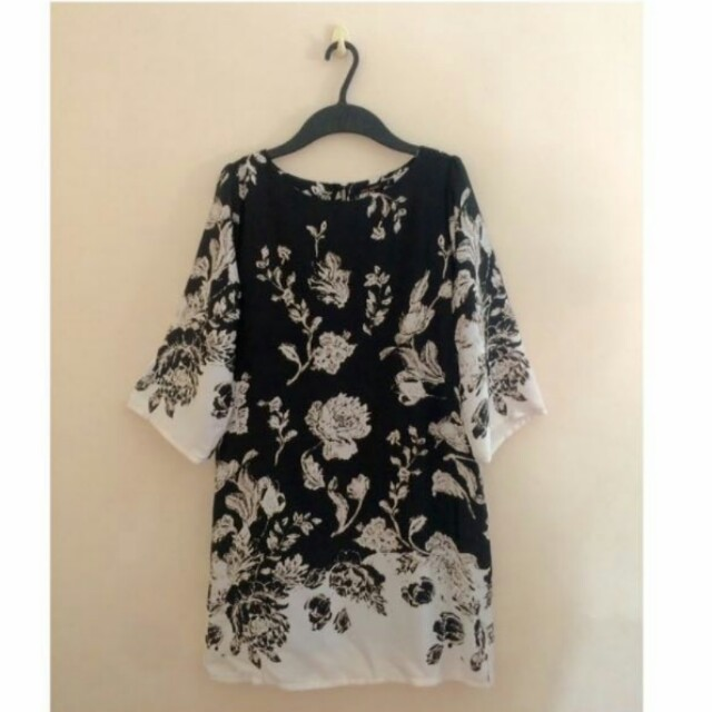 Black and White Floral Shift Dress