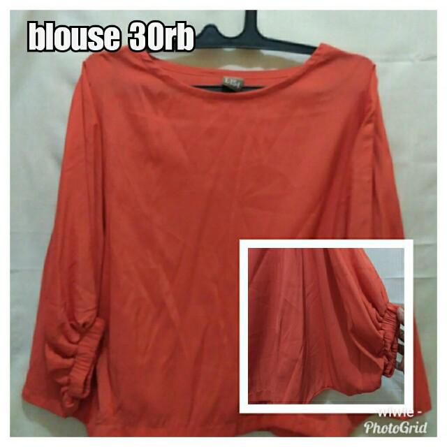 blouse lengan batwing