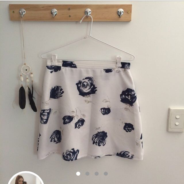 Blue rose skirt