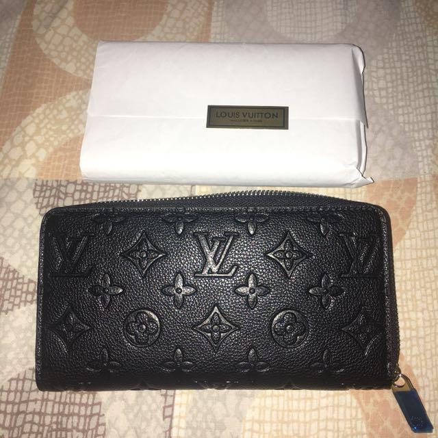 Brandnew LV Wallet