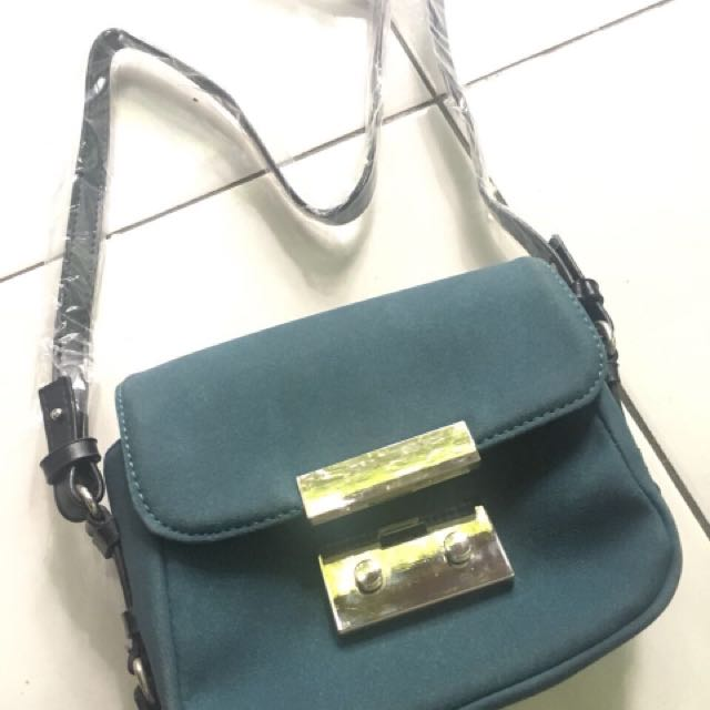 Freeong zara trf bag