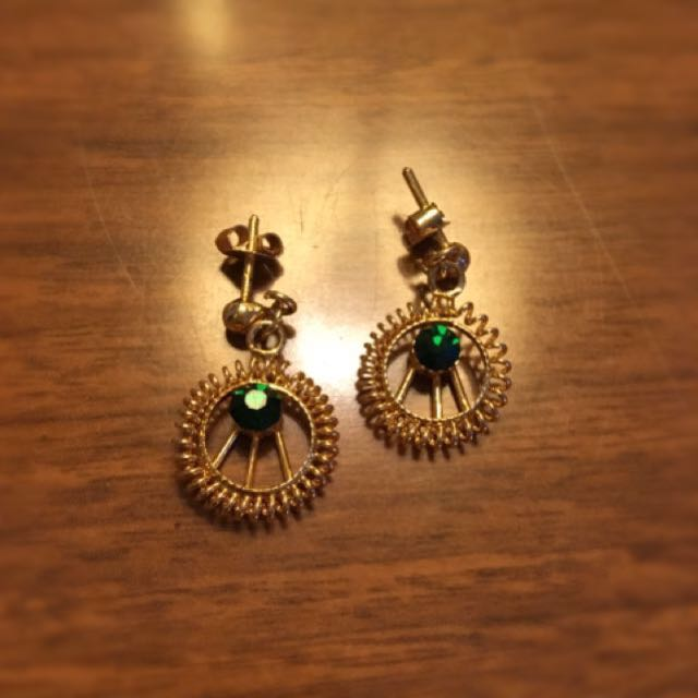 REDUCED: Gold + Green stone earrings