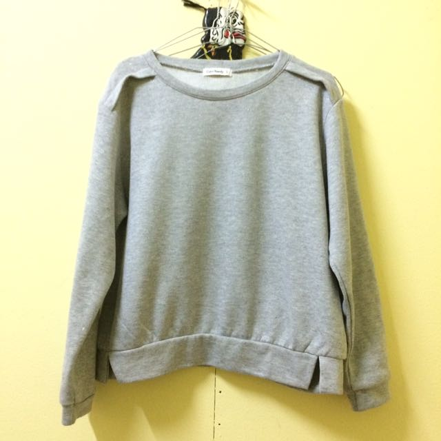 Grey Sweater Blink-Blink