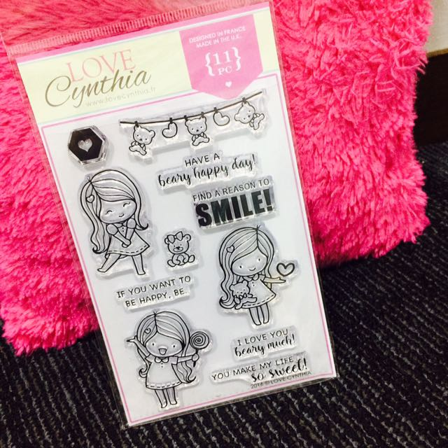 [INSTOCK] Love Cynthia's Clear Stamp - Find A Reason To Smile 🐻