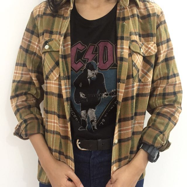 Kemeja flannel by Earth Spice