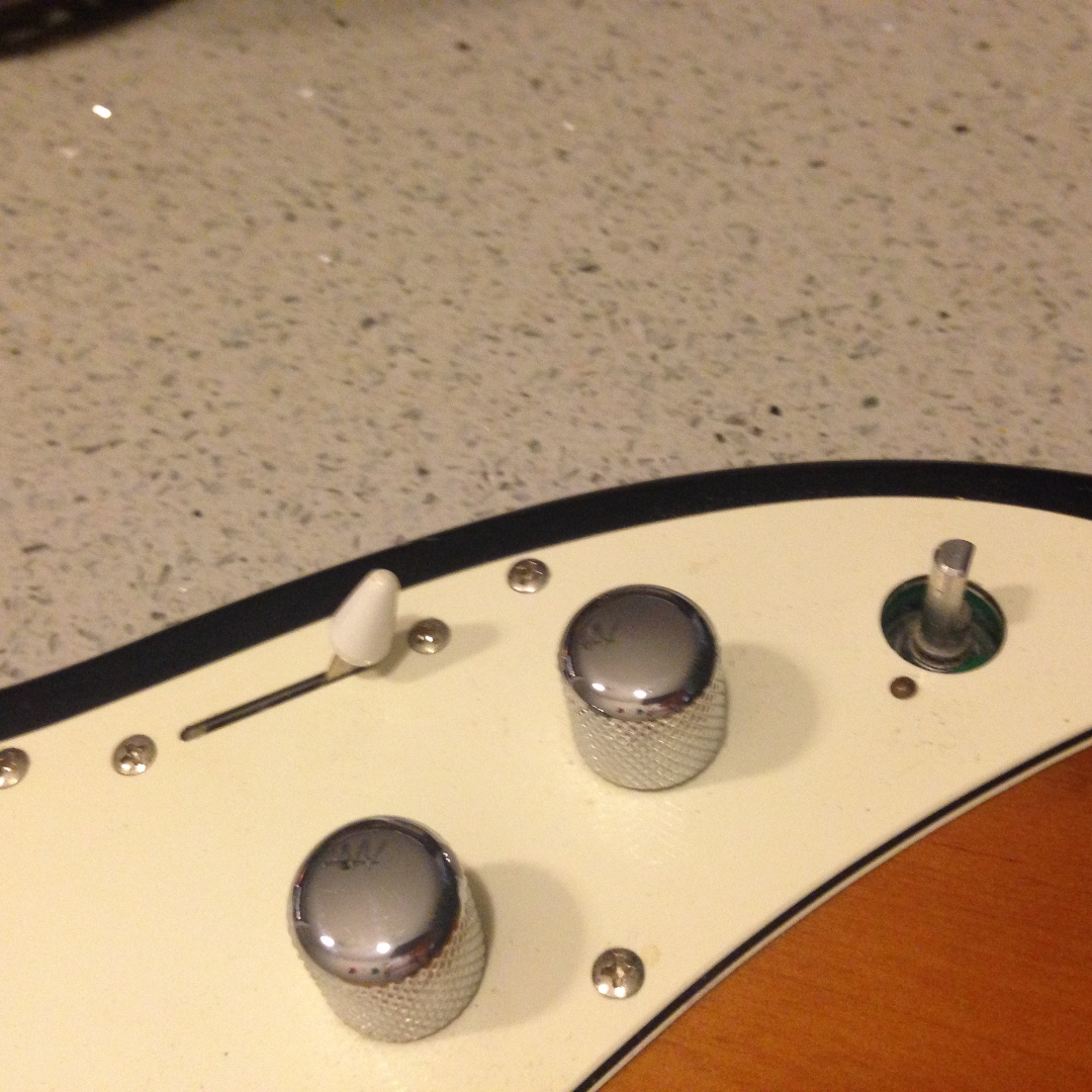 Line 6 Variax 300 Electric Guitar