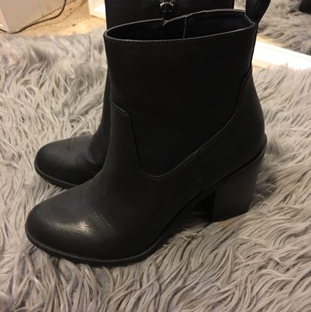 Lipstick Boots