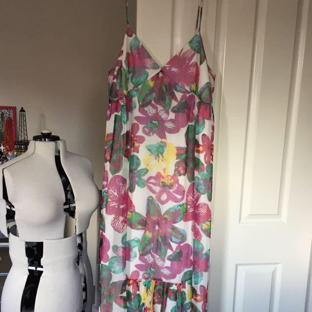 MissShop size 16 floral Silk maxi evening dress