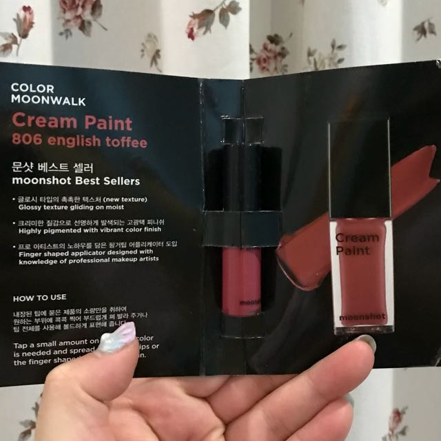 Moonshot deluxe lip paint and sample