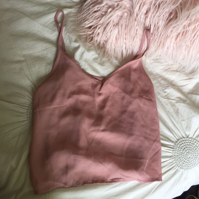 Pink singlet / camisole
