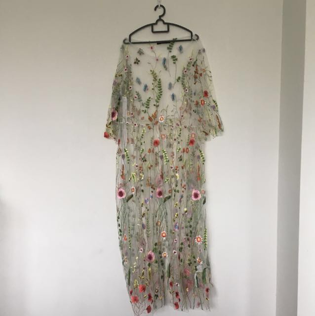 Plussize Embroidery Dress
