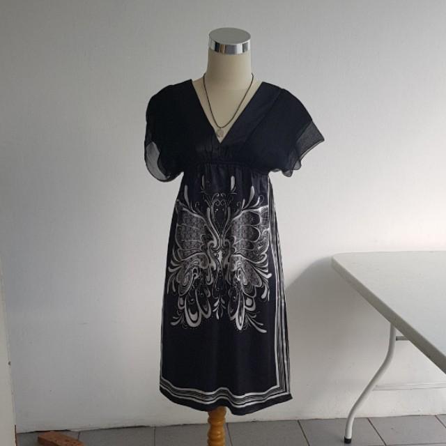 Satin v neck dress