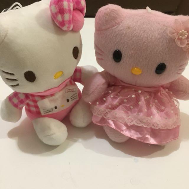 Set of 2 Hello Kitty Stuffed Toys