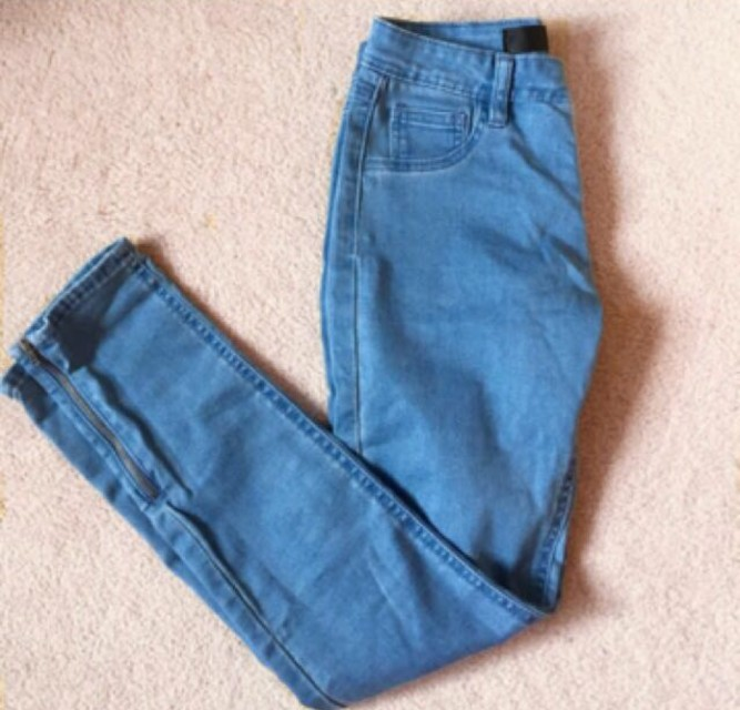 Size 10 blue jeans with zippers
