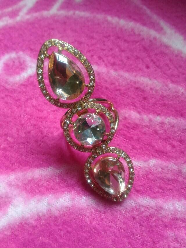 Stylish Gold Party Ring (Size- Medium)