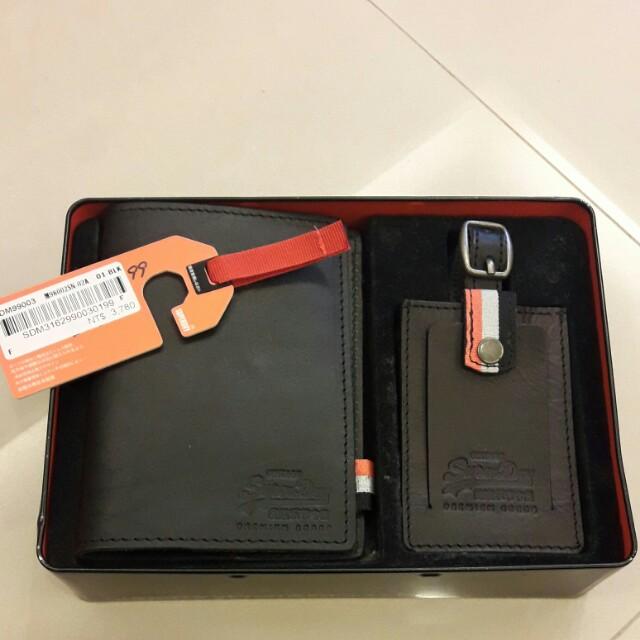 極度乾燥Superdry護照夾,行李吊牌