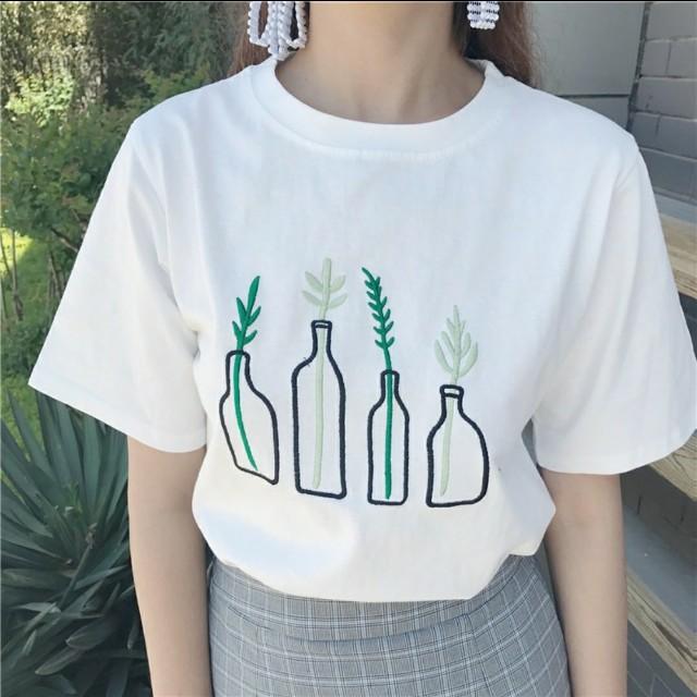 白T shirt