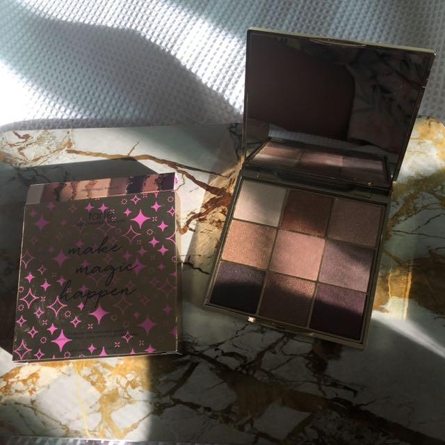 Tarte Make Magic Happen eyeshadow Palette