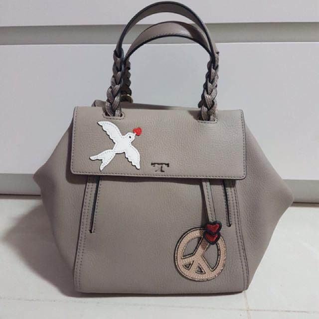 b5e6a7d9955 Tory burch limited edition bag