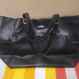 Hush Puppies Black Bag