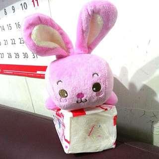 🚚 超可愛的粉紅色兔兔玩偶