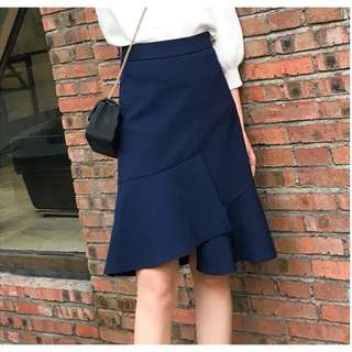 Reffled skirt
