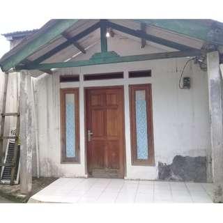Rumah dijual dekat stasiun depok lama