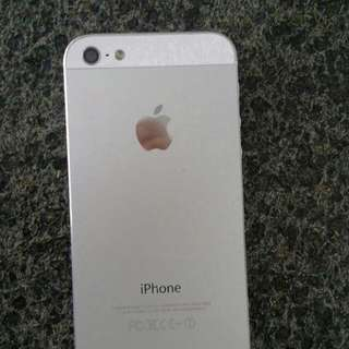 Wts : IPhone 5 16G (white)