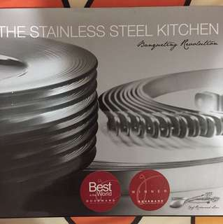 THE STAINLESS STEEL KITCHEN-Bouqueting Revolution