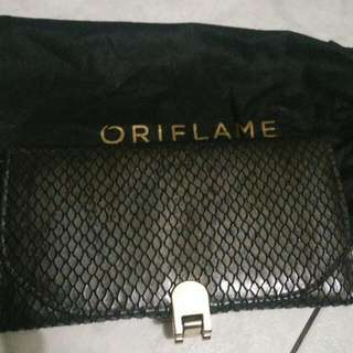 Dompet Posses Oriflame